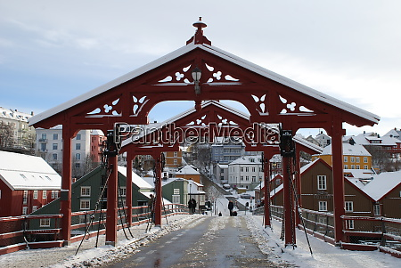 famous red old city bridge in