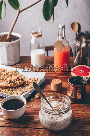 ready to eat muesli breakfast
