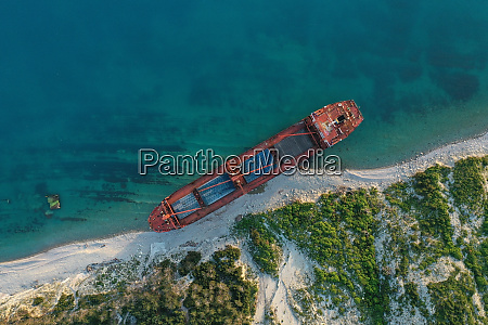shipwreck., dry, cargo, ship, left, on - 28681209