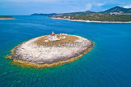 pokonji dol lighthouse in hvar island