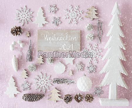 white christmas decoration tree glueckliches 2021