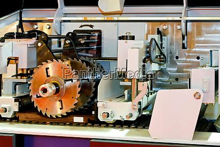 automatic circular saw
