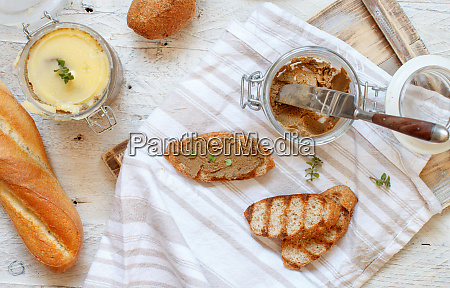 sandwiches with homemade liver pate