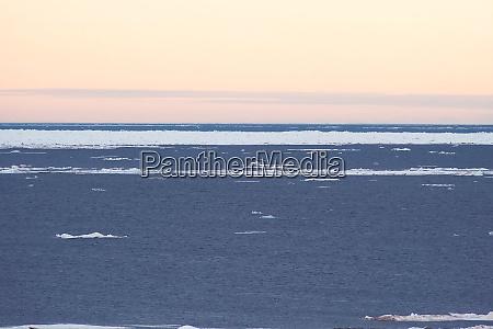 arctic landscape of the arctic ocean