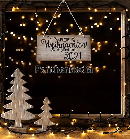 christmas tree window night glueckliches 2021
