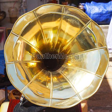 speaker horn