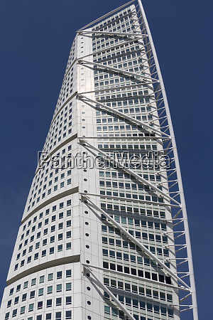 turning torso modern skyscraper the