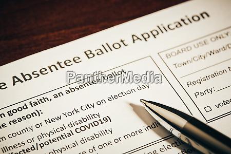 pen on absentee ballot application