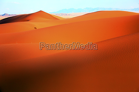 sand dunes iran