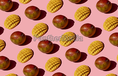 whole and chopped mango pattern on