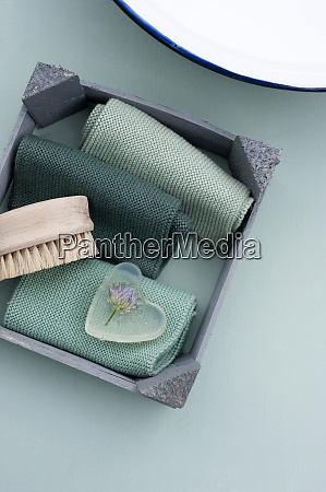 nail brush towels and chive cast