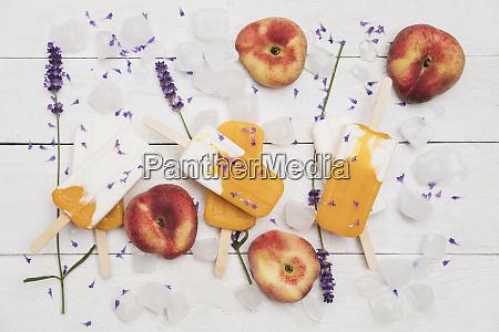 homemade peach yogurtpopsiclesand lavender