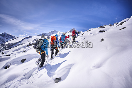 group of mountaineers grossvendediger tyrol austria