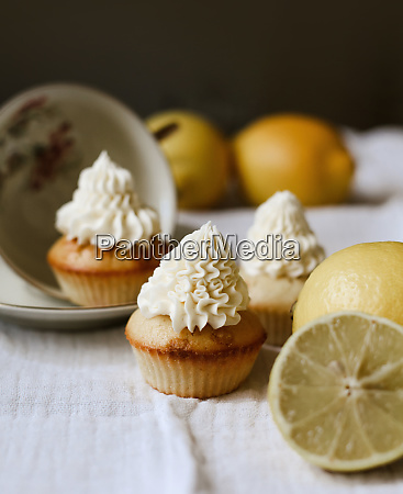 cupcakes with lemon and frosting
