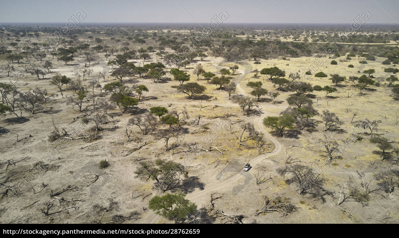 aerial, view, of, off-road, vehicle, amidst - 28762659