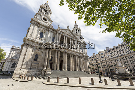 uk london st pauls cathedral on