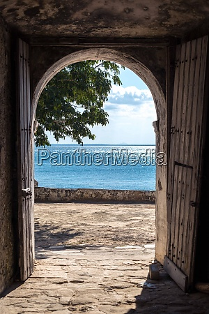 view from the fort of ilha