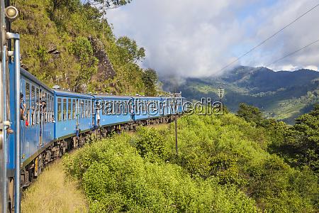 kandy to badulla train nuwara eliya