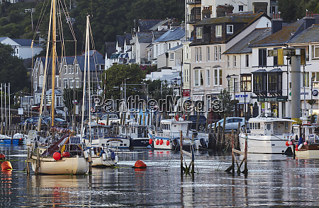 the well known fishing harbour at
