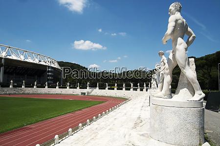 the runner stadio dei marmi rome