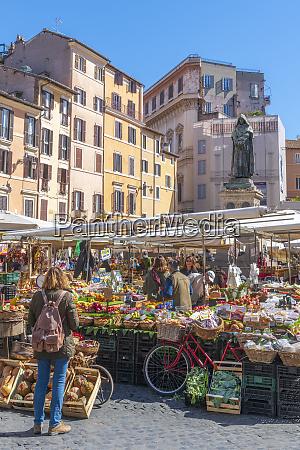 market stalls campo de fiori regola