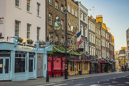 wellington street in covent garden at
