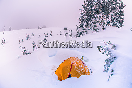 high, angle, view, of, orange, tent - 28791236