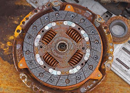 rusty clutch