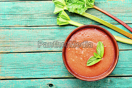 summer cold rhubarb soup