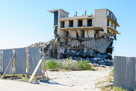 demolition of an illegally built hotel