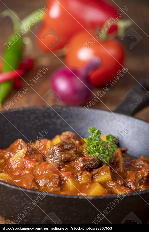 hungarian, goulash - 28807653