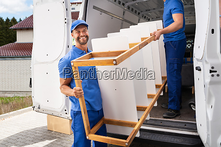 furniture move and delivery service