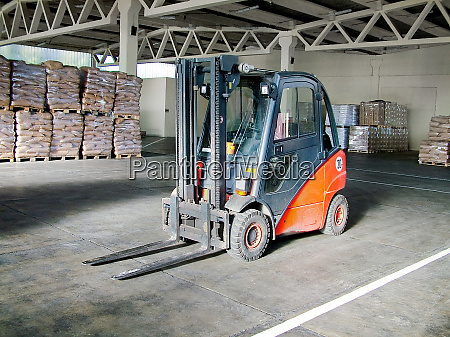 lifter in warehouse