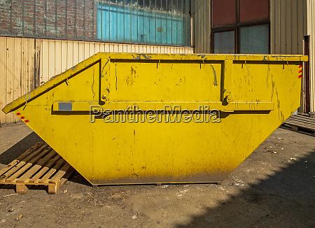 yellow skip