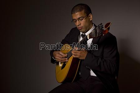 fado musician