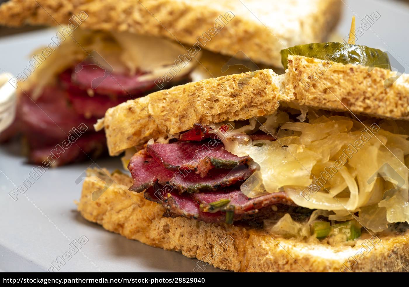 reuben, sandwich - 28829040
