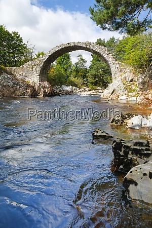 carrbridge oldest stone bridge in the