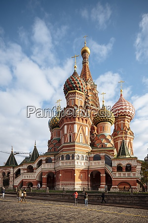 exterior of st basils cathedral red