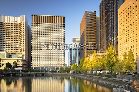 skyscrapers of marunouchi and imperial palace