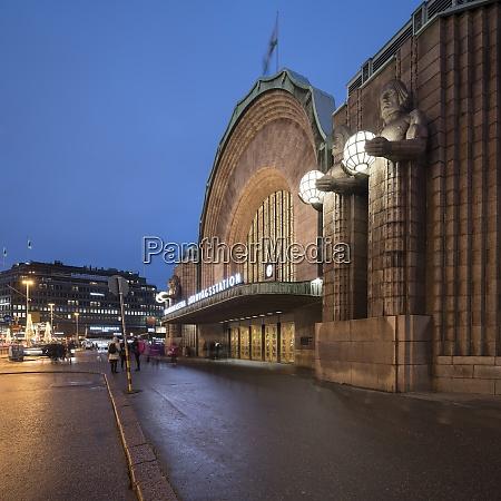 exterior facade of helsinki central station
