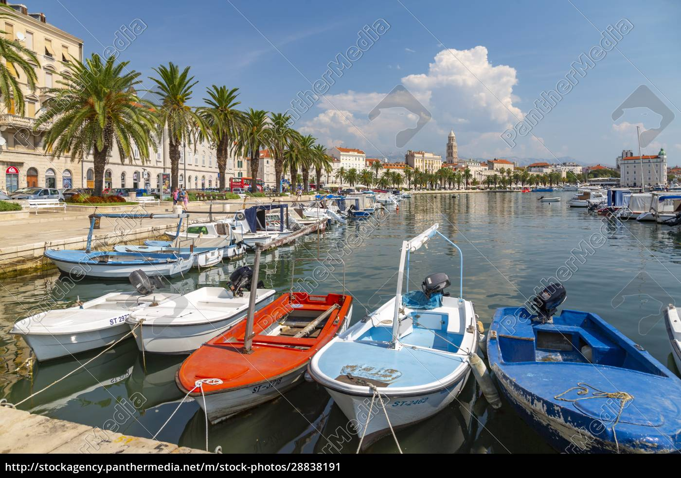 split, harbour, with, cathedral, of, saint - 28838191