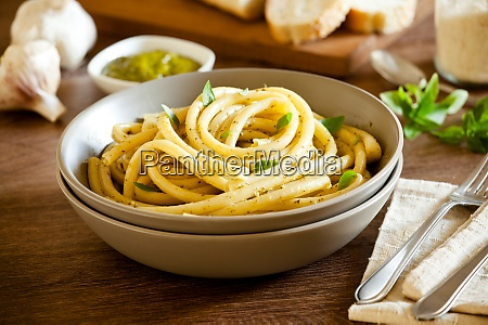 pasta with fresh pesto sauce