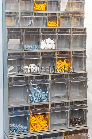 plastic shelf parts