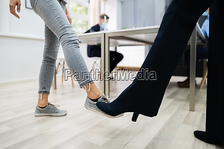feet tap greet to avoid and