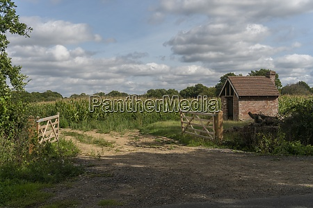 farmers field entrance