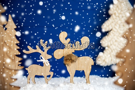 christmas tree moose couple in love
