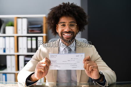 holding paycheck or payroll check insurance