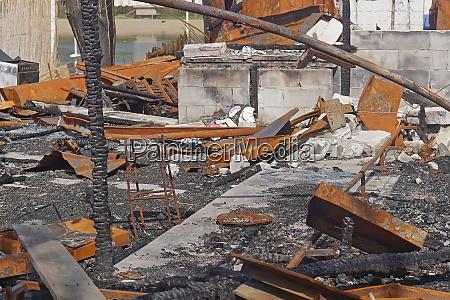 burned down restaurant