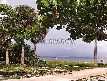 st petersburg beach in florida