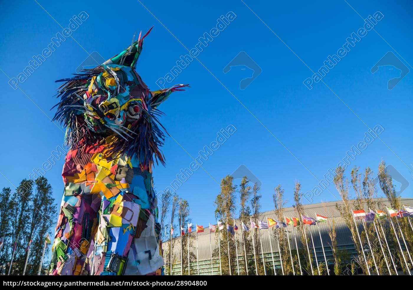 iberian, lynx, statue, in, lisbon - 28904800
